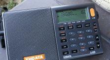 CRI (Chinese) | HanRongDa HRD-737 vs XHDATA D-808  by DXing | shortwave radio listening